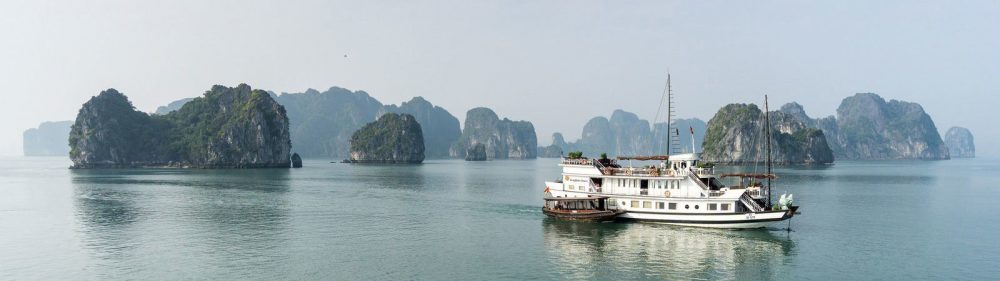 Ha Long Cruise  3*