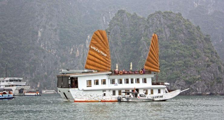 Valentine Sail Halong Bay
