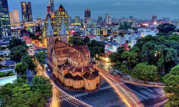 Saigon by night – motorbike tour