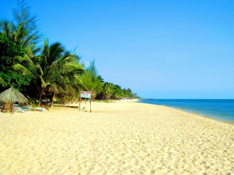 Bai-Truong-Beach