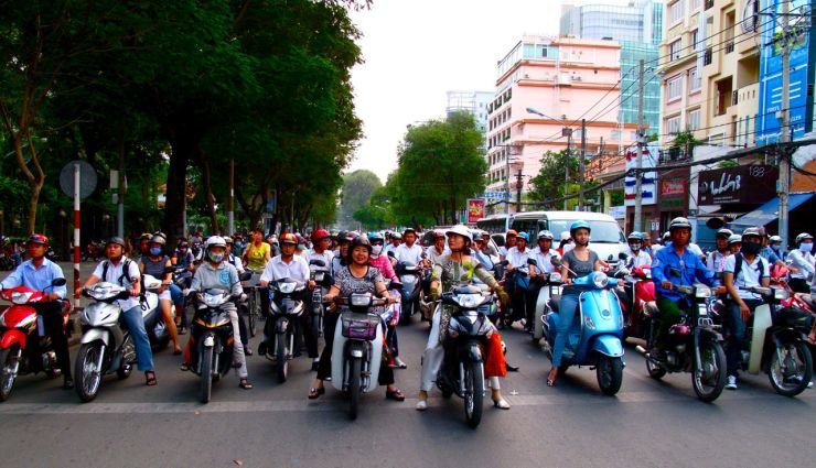 Saigon Classic Motorbike Tour – see the real Saigon with locals