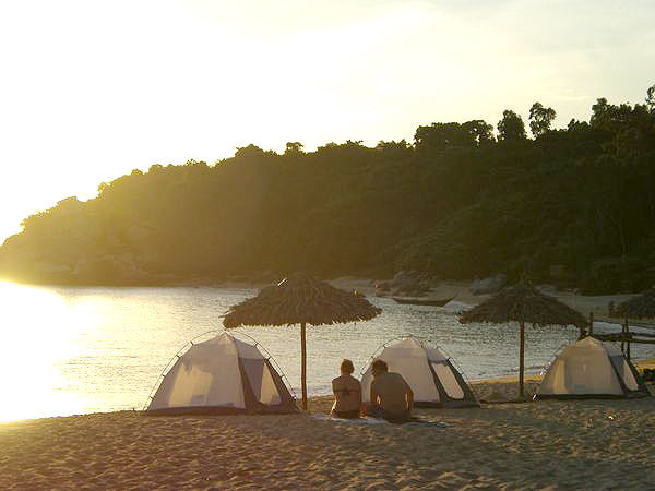 Cham Island: Overnight Camping