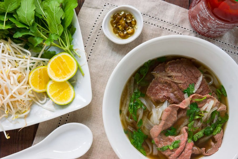 pho-tai-nam-vietnamese-noodle-soup-recipe-1024x1024