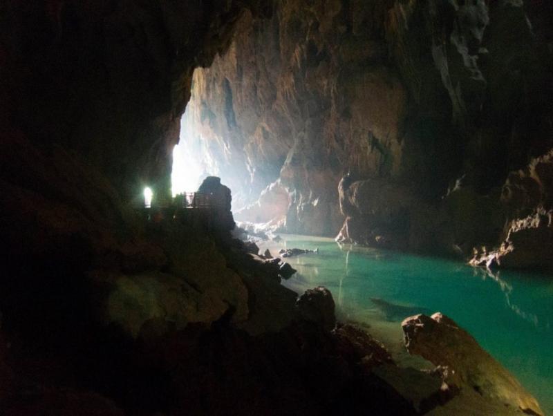 Phong Nha Cave – Dark Cave adventure