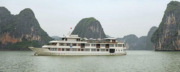 La Vela Premium Cruise Halong