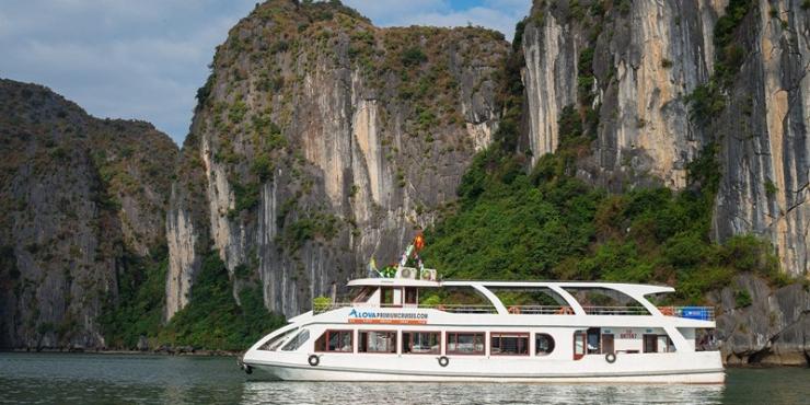 Alova Premium Halong Bay Day Cruise