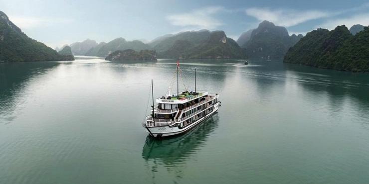 Serenity Cruise