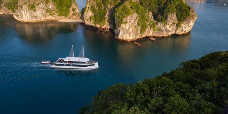Jade Sails Halong