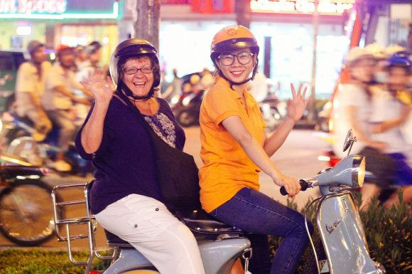 VESPA TOUR | Saigon After Dark