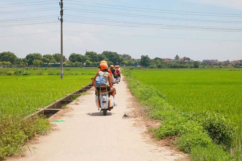 VESPA TOUR | Ha Noi Countryside Adventure